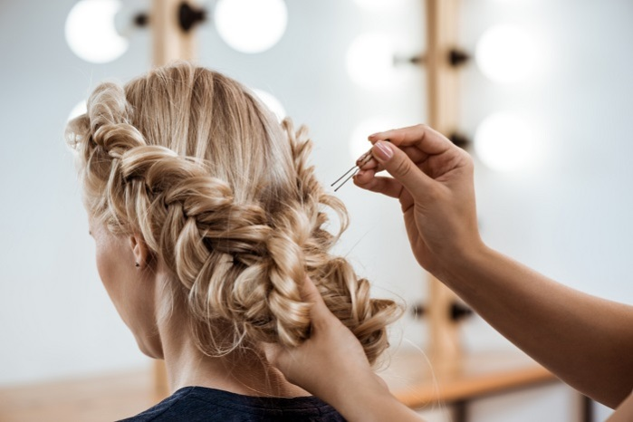 Տատիկը արդեն քառասուն տարի է, ինչ մազերը կտրում է լուսնային օրացույցով: Նրա մազերին նախանձում են բոլոր աղջիկները։ Օրացույցը տպե՛ք և պահե՛ք ձեզ մոտ