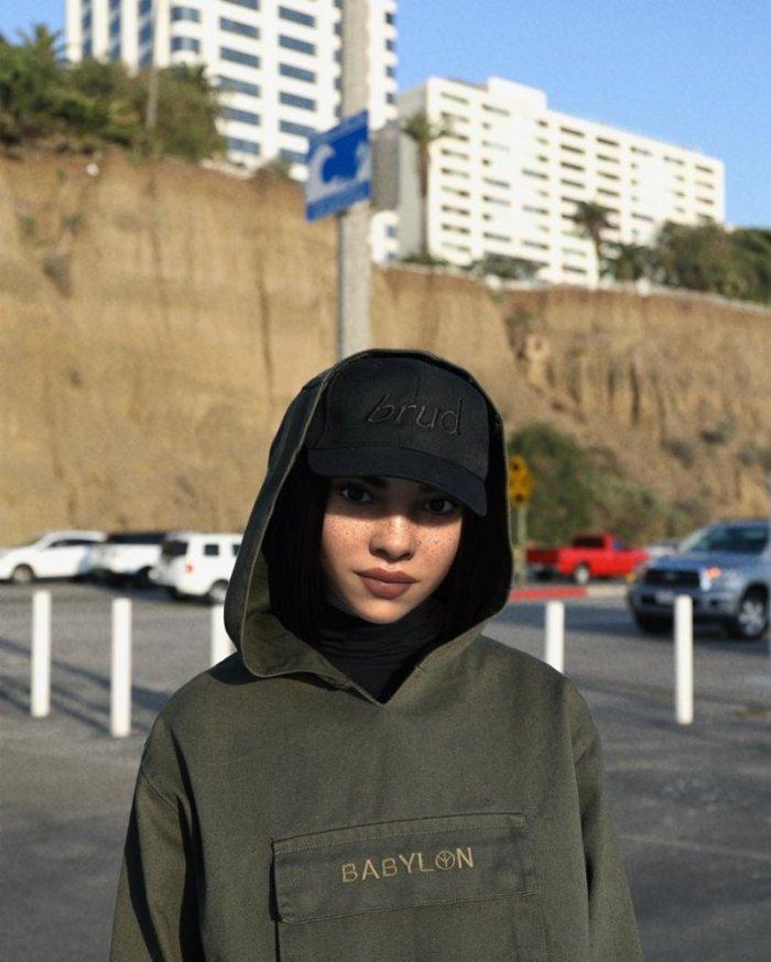 Այս աղջիկն Instagram-ում երկրպագուների 500 հազարանոց բանակ ունի. ահա թե որն է նրա գաղտնիքը
